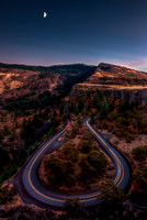 The Rowena Crest Curves