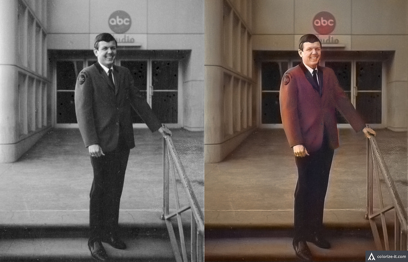 The original black and white photo of the left, and the colorized photo on the right.
